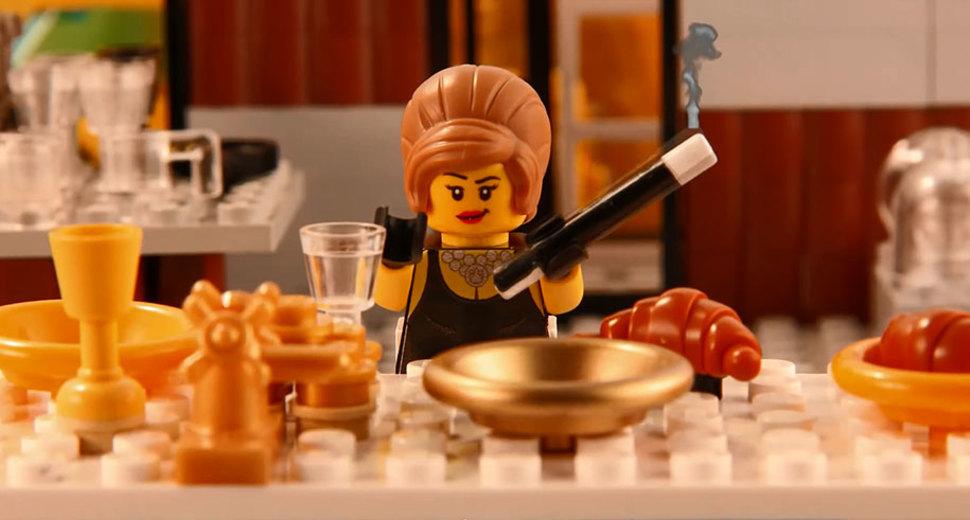 LEGOブロックでのティファニーで朝食を