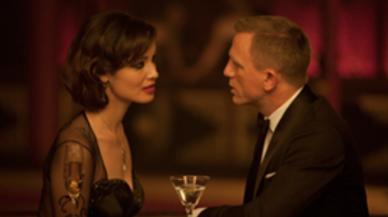 007 スカイフォールの登場人物(キャスト):セヴリン(演:ベレニス・マーロウ)