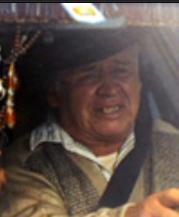 007 慰めの報酬の登場人物(キャスト):タクシー運転手(演:ペーニャランダム・フェリックス 日本語吹き替え:龍田直樹)