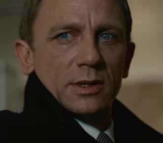 「007 慰めの報酬」の登場人物(俳優名/吹替声優名):