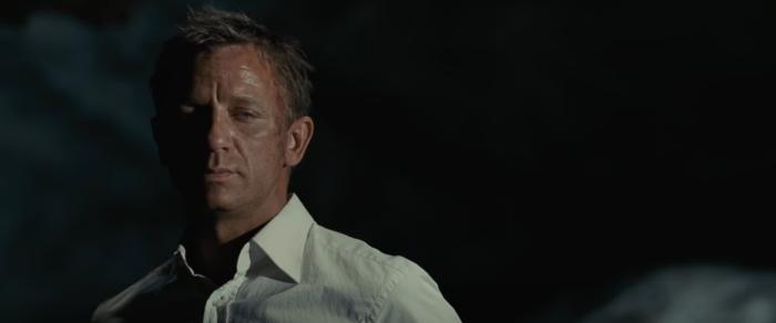 「007 慰めの報酬」のラストの結末やネタバレあらすじ