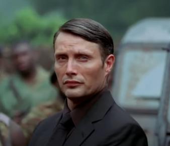 「007 カジノ・ロワイヤル」の登場人物(俳優名/日本語吹き替え声優名):