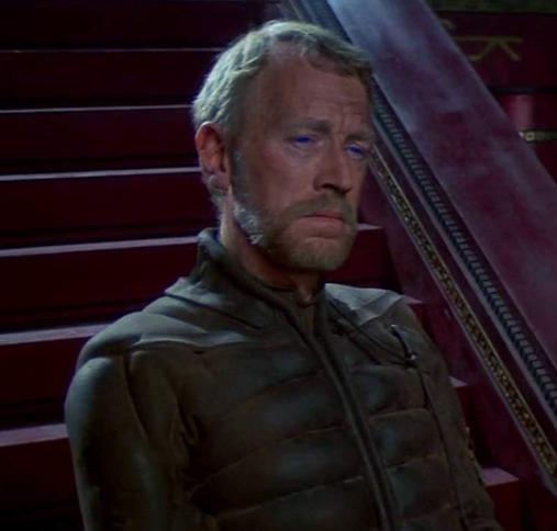 デューン/砂の惑星の登場人物:リエト・カインズ博士(マックス・フォン・シドー)
