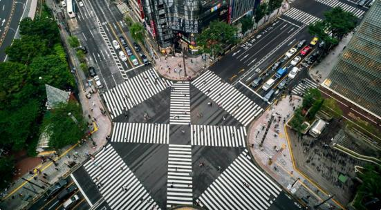 AI崩壊のロケ地:数寄屋橋交差点