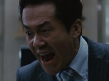 「アウトレイジ1」の登場人物(俳優名:岡崎(坂田聡)