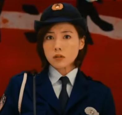 「土竜の唄 潜入捜査官REIJI」の登場人物(俳優名):若木純奈(仲里依紗)