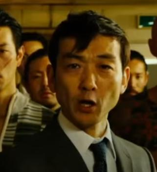 「土竜の唄 潜入捜査官REIJI」の登場人物(俳優名):酒見路夫(吹越満)