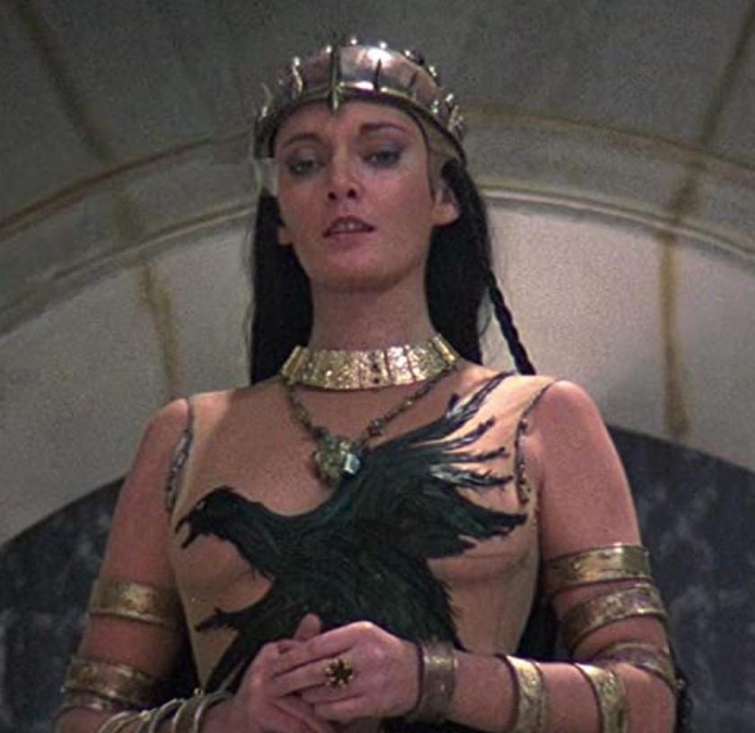 キング・オブ・デストロイヤー/コナンPART2の主要な登場人物:女王タラミス(サラ・ダグラス)