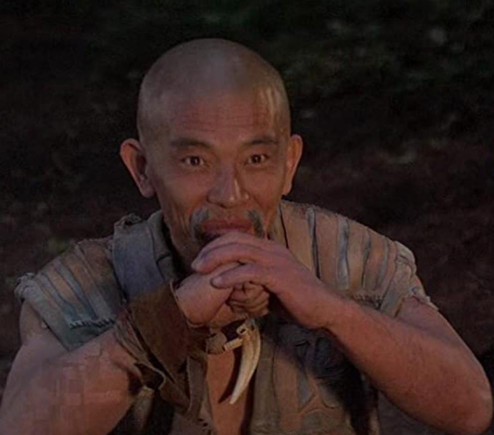 キング・オブ・デストロイヤー/コナンPART2の主要な登場人物:アキロ(マコ若松)