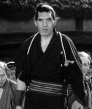 劇中の大男はジャイアント馬場ではなく羅生門綱五郎