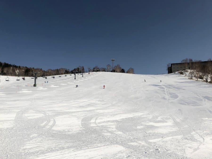 「私をスキーに連れてって」のロケ地(聖地):万座温泉スキー場(群馬県)
