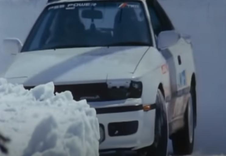 「私をスキーに連れてって」に出てくる車の車種はセリカ?:トヨタ セリカ GT-FOUR(ST165型)
