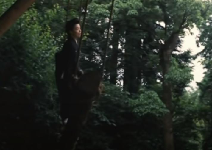 「お葬式」のロケ地(ブランコと立ちバックのシーンは伊丹十三監督の別荘?)